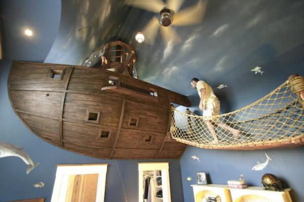 Steve Kuhl's Ultimate Pirate Ship Bedroom