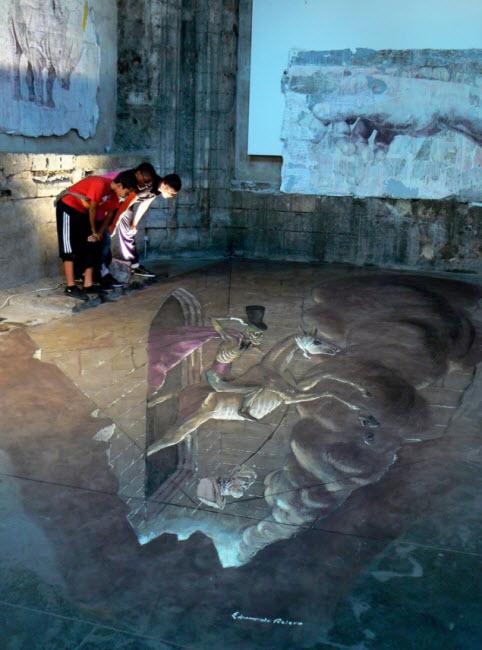 Eduardo Rolero's Surreal 3D Street Art Illusions