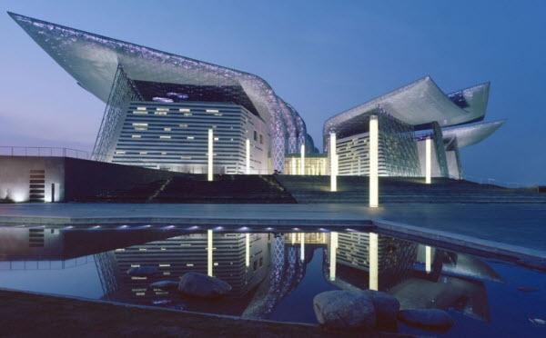 ساختمان تئاتر بزرگ Wuxi در چین