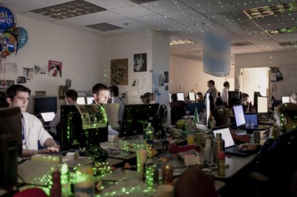 عکسی از محل کار گروه تحلیلگر اوباما