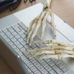 پیشگیری از آسیبهای ناشی از کار طولانی با کامپیوتر