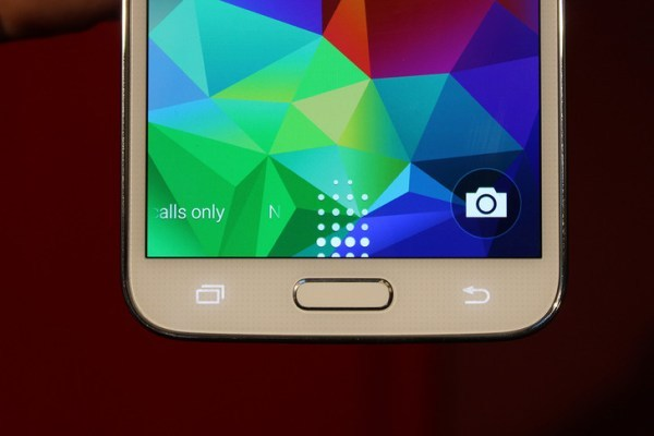 Samsung-Galaxy-S5-leaks-ahead-of-event (5)