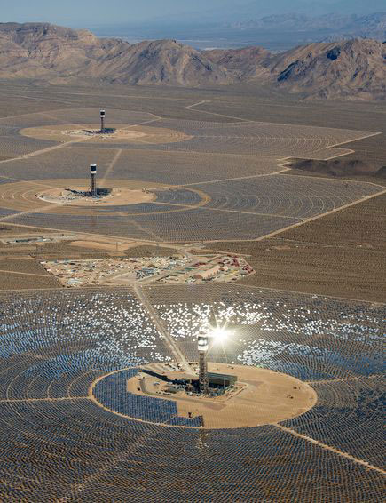 energy-ivanpah-solar-facility-aerial_69670_600x450