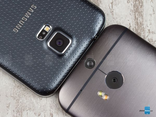 3Samsung Galaxy S5 vs HTC One (M8