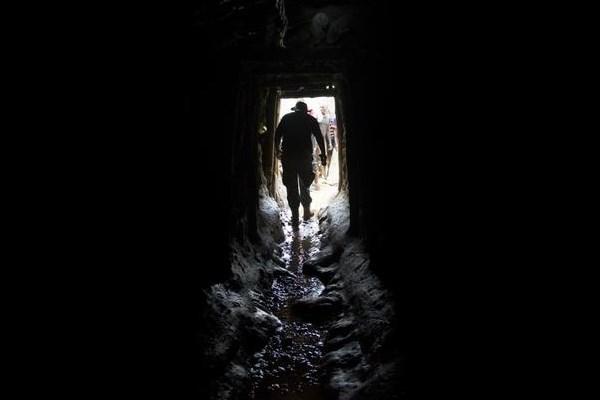 Congo-Miner-Exit