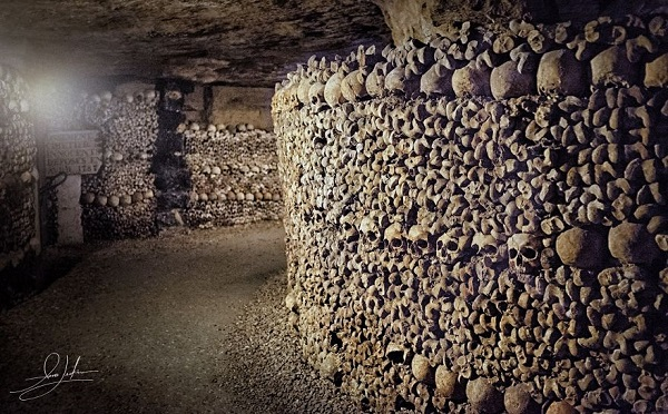 Ossuaries-Gruesome-Art-And-Architecture14__880