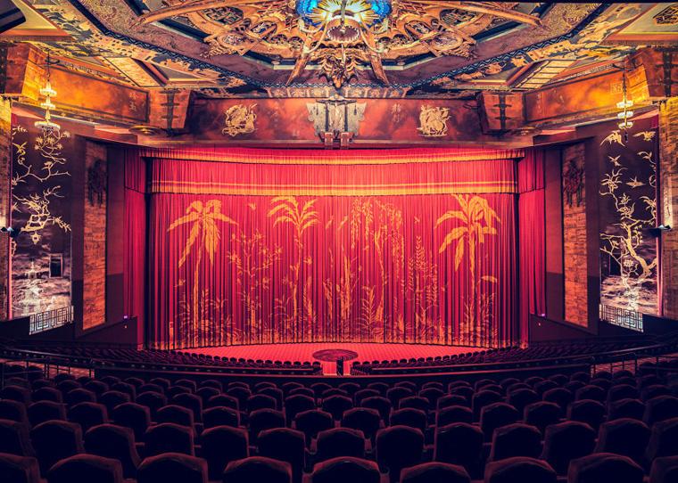 cinemas-interior-graumans-chinese-theatre__880