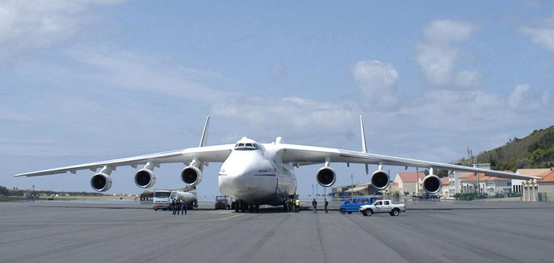 the-largest-airplane-ever-built-antonov-an-225-mriya-6