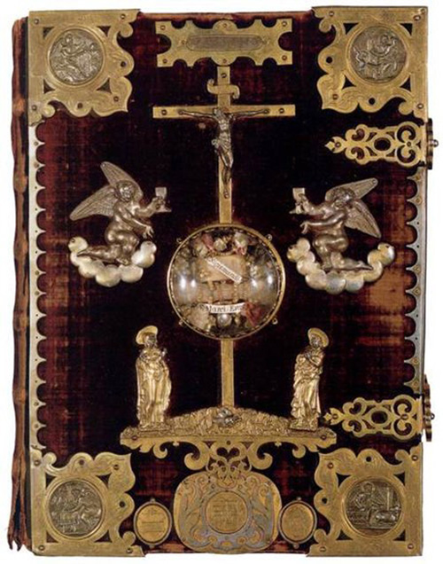 The-Gospels-of-Henry-the-Lion_f_improf_456x580