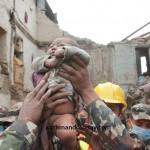 نوزاد 4 ماههای که 22 ساعت پس از زلزله نپال و زیر خروارها خاک، زنده پیدا شد