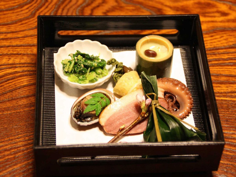 every-meal-is-a-piece-of-art-in-kyoto-which-is-known-for-kyo-ryori-kyoto-cuisine-which-involves-eating-dozens-of-small-beautifully-plated-seasonal-courses-while-perched-on-tatami-mats