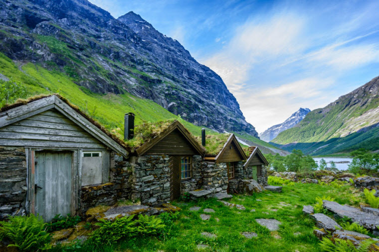 fairytale-architecture-norway-2__880