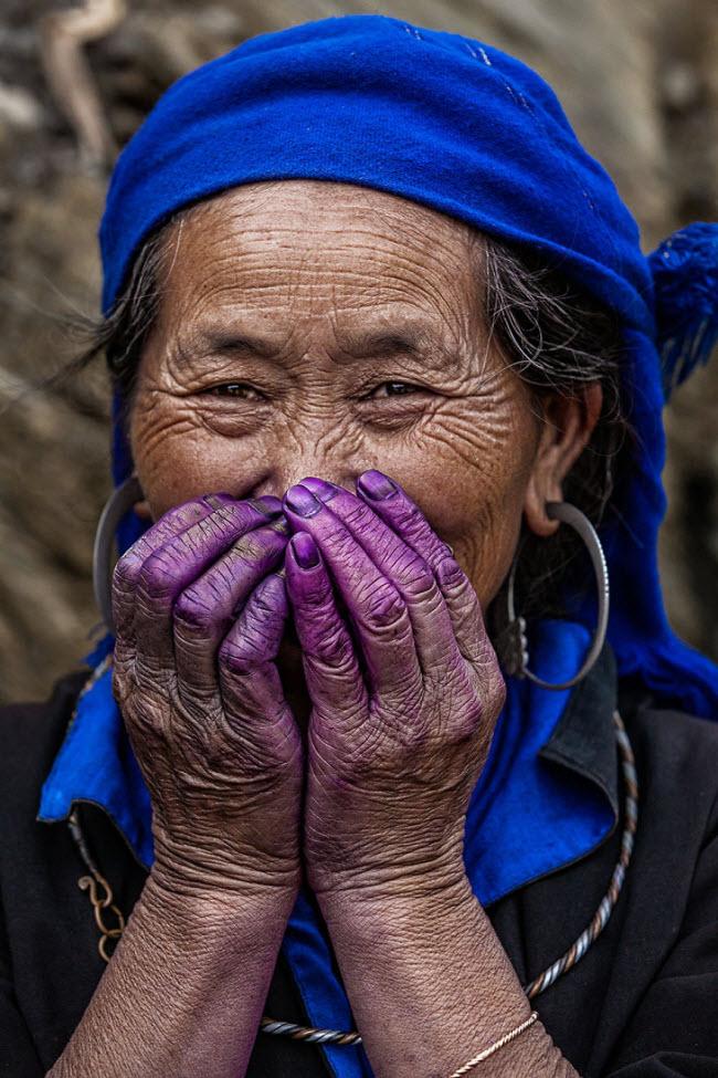 Purple-Hands__880