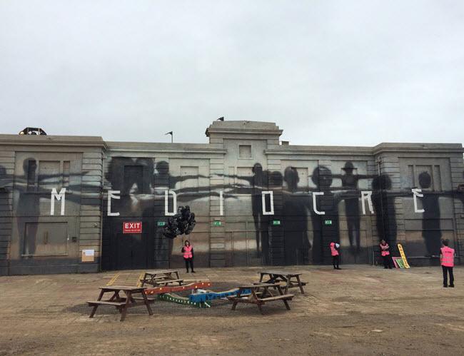 banksy-theme-park-dismaland-11