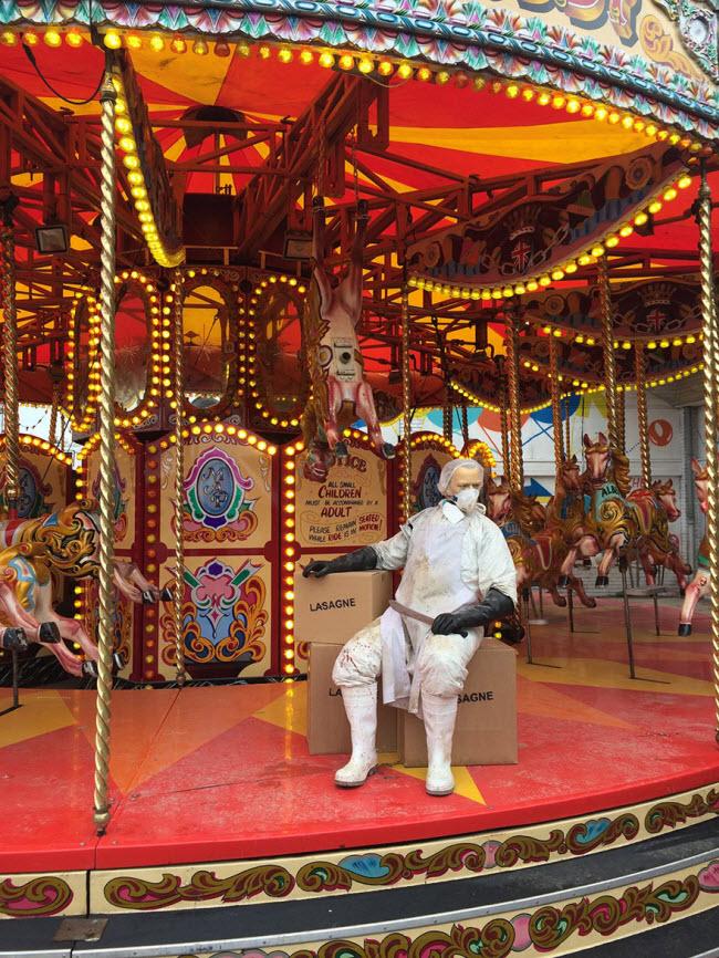 banksy-theme-park-dismaland-4