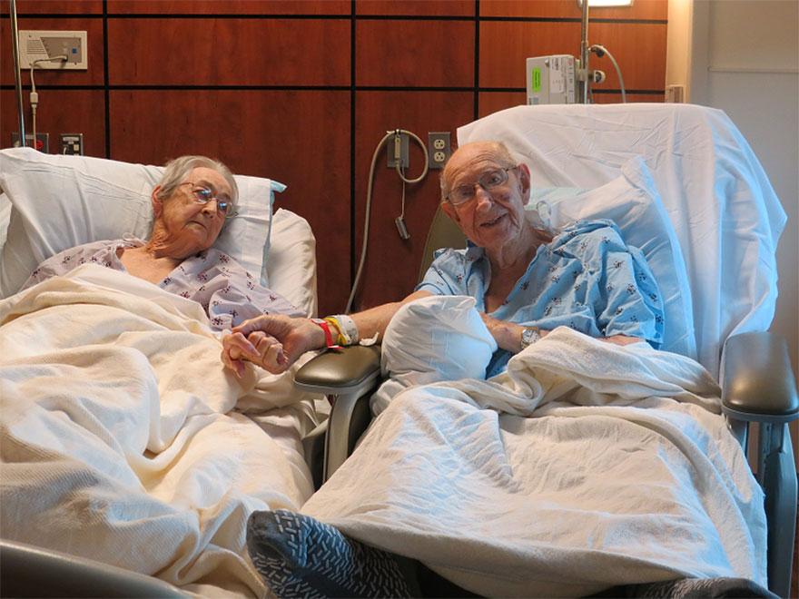 elderly-couple-reunited-hospital-2
