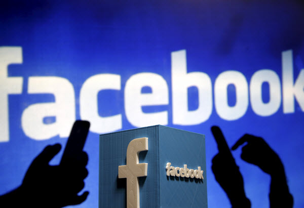 facebook-friends-fake-psychology-oxford-research