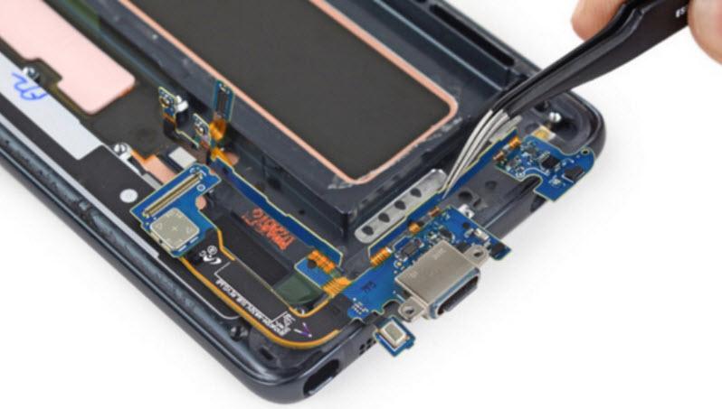 و جایزه قابل تعمیرترین گوشی موبایل سال 2016 تعلق میگیرد به ...