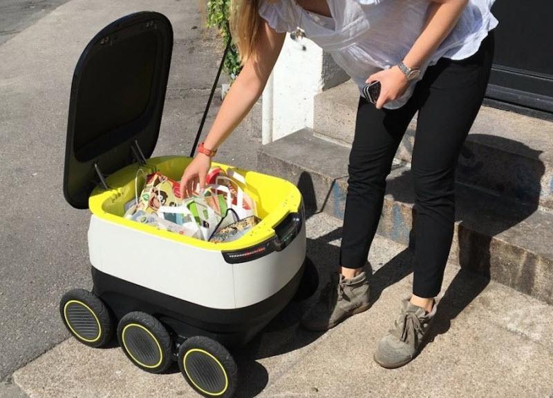 تحویل مواد غذایی به در خانهها با این روبات کوچک دوستداشتنی