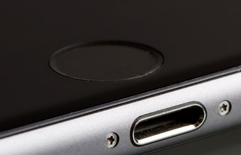 iOS 11 تا «حدی» مانع میشود که پلیس به زور آیفون کسی را آنلاک کند!