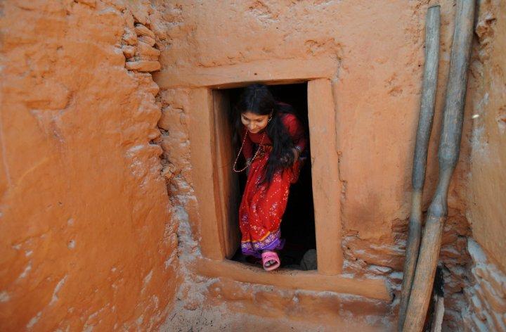 پارلمان نپال برای کسانی که زنان را در دوره عادت ماهانه به «تبعید» بفرستند، مجازاتهای قانونی در نظر گرفت