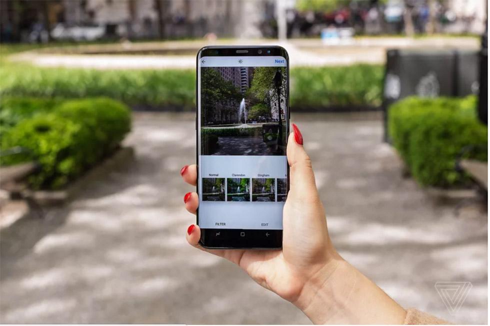 حالا اینستاگرام اجازه میدهد عکسهای پرتره و لنداسکیپ را در «گالریهای» عکس، ارسال کنید