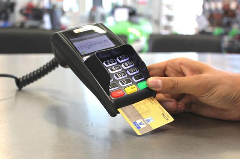 آيا سوئد اولين کشوري است که پول نقد را به طور کامل کنار ميگذارد؟