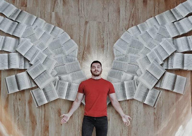 جیمز تروینو، کسی که در اینستاگرام با کتابهای کتابخانهاش عشقبازی میکند!
