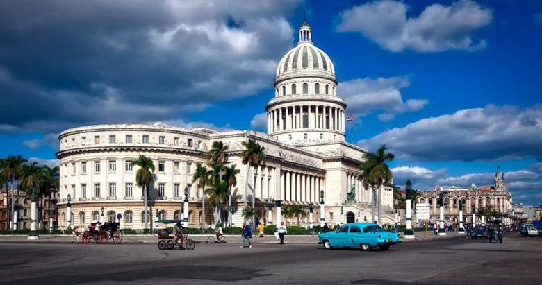 سرانجام کوبا هم می خواهد به شهروندان اینترنت موبایلی بدهد