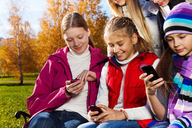 بهترین گوشی های هوشمند مناسب کودکان و نوجوانان در سال ۲۰۱۸