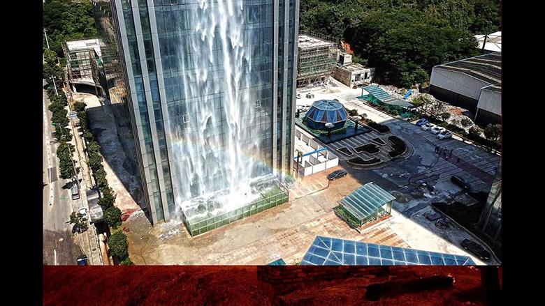 آبشاری ۱۰۸ متری در دل یک آسمانخراش تجاری شهر گوئیانگ چین<