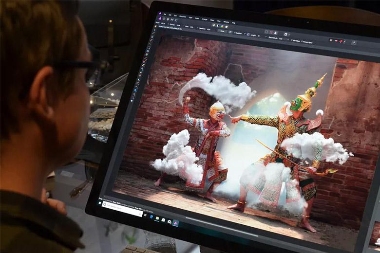 surface studio 2 - سرفیس استودیو ۲ میتواند همان رویای طراحان و گرافیستها باشد
