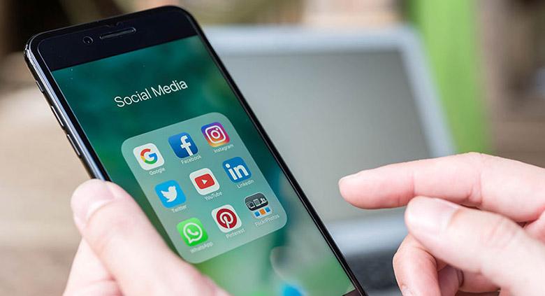 دنبالکنندههای اخبار روی شبکههای اجتماعی بیشتر از روزنامهها و مجلات هستند
