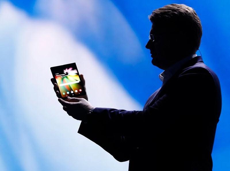 آمار جالب و قابل بحث: کمتر از 10 درصد آمریکاییها گوشیهای گرانتر هزار دلاری میخرند؟ اما چرا؟ چند درصد ایرانیها گوشیهای پرچمدار هزار دلاری میخرن